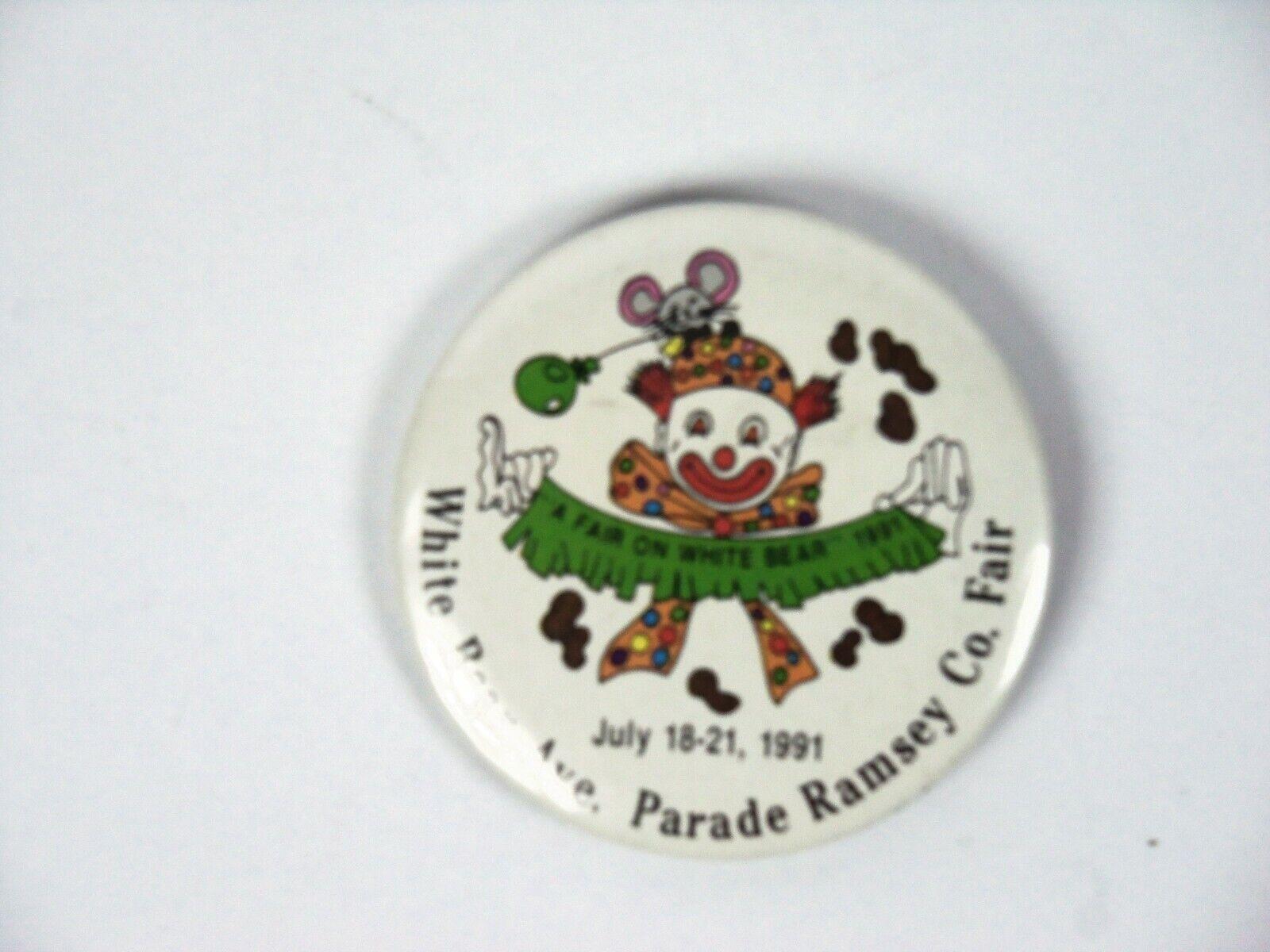 Vintage pinback pin FORT SIDNEY DAYS 1959 Custer and indian pic Sidney Nebraska