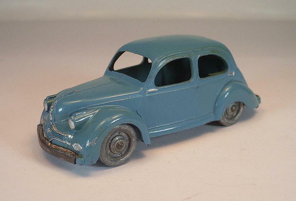 CIJ Ref  3 47 France vintage PANHARD DYNA X 1950 couleur métal roues  6574