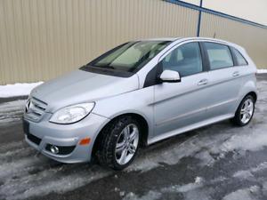 2011 Mercedes B200 ***Automatic, Toit panoramic, Bluetooth***