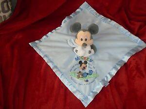 Doudou-Plat-Disney-Store-Mickey-Bleu-Polaire-Bord-Satin-Etat-Neuf