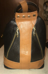 VALENTINA-MADE-IN-ITALY-BLACK-amp-TAN-LEATHER-LARGE-CONVERTIBLE-BACKPACK-HOBO-901