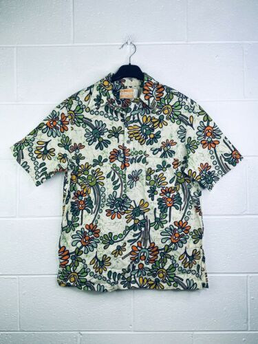 Waltah Clarke Men's Large Button Up Hawaiian Shirt