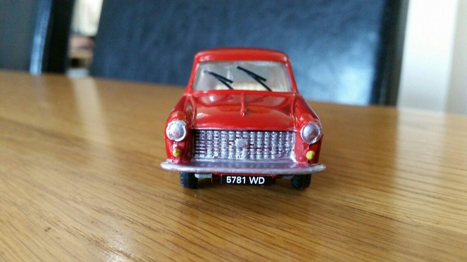 Vintage Vintage Vintage Punto en Diecast Rojo Austin A40 Farina código 3 Bare Metal renovación 8c6518