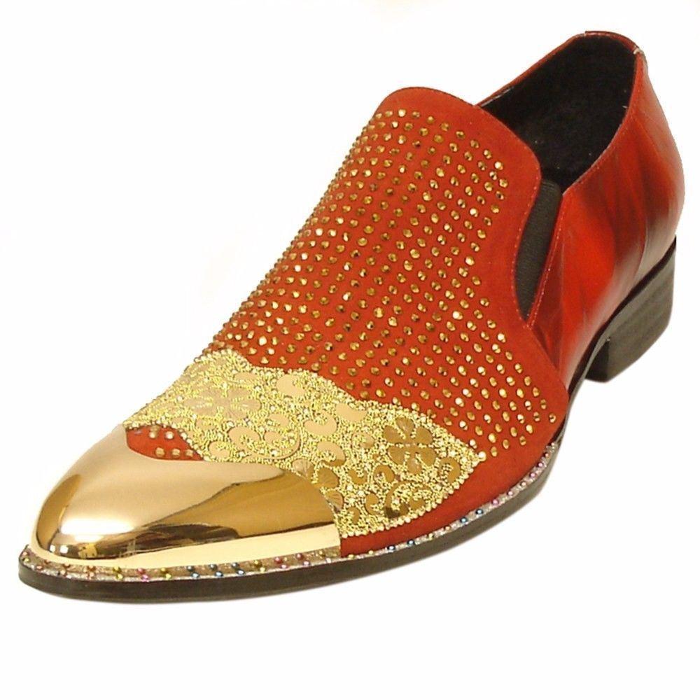 Fiesso Men rot Leather Gold Gold Gold Rhinestone Crystal Metal Cap Toe Slip On Dress schuhe 83b6f0