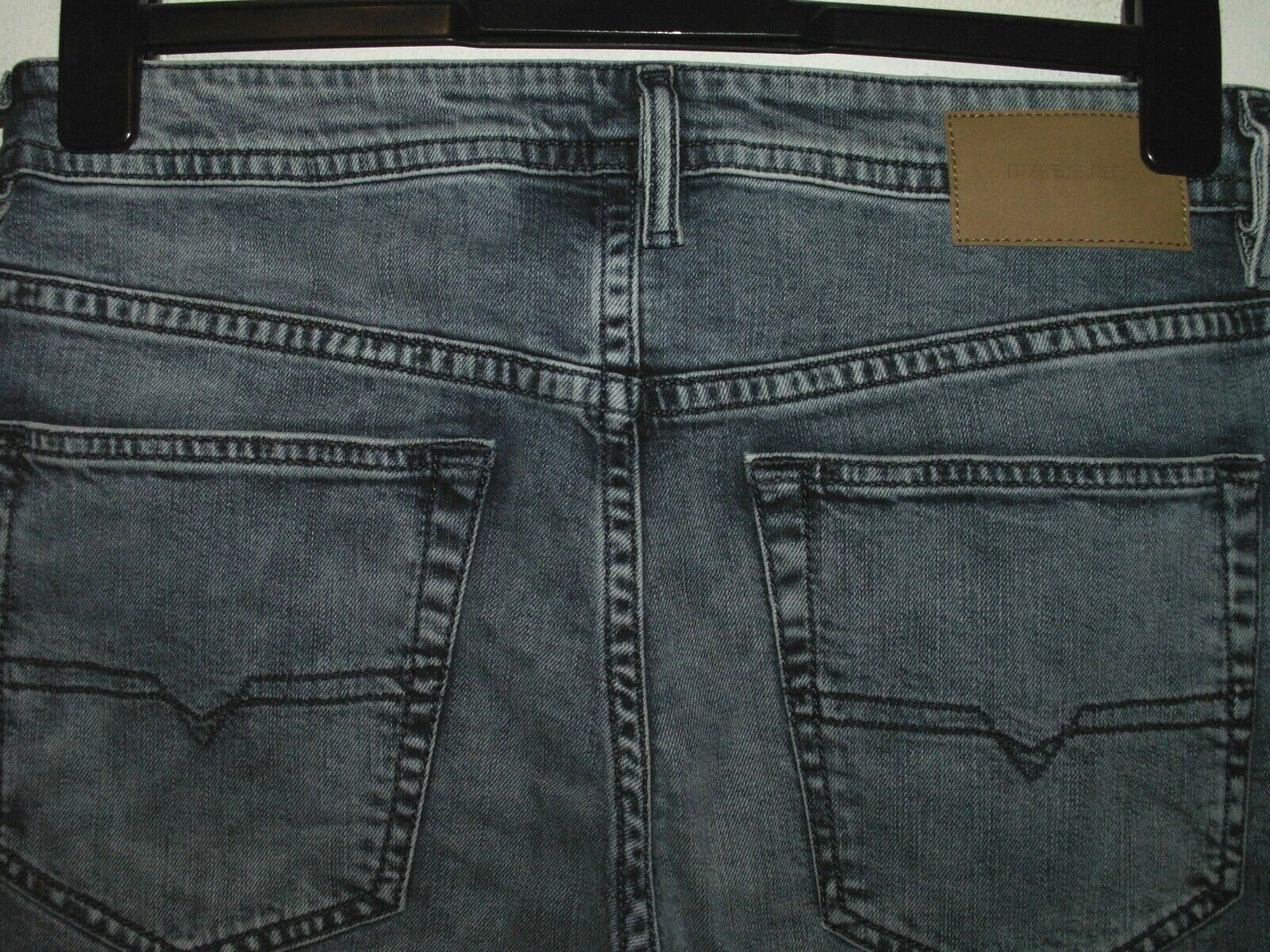 316f65fb DIESEL BUSTER REGULAR FIT JEANS 084UX STRETCH W29 L30 (5875) SLIM-TAPERED  nrmnvs19-Jeans
