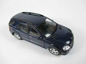 Mercedes-benz-ml-350-SUV-en-azul-1-34-COCHE-MODELO-DIECAST-nuevo