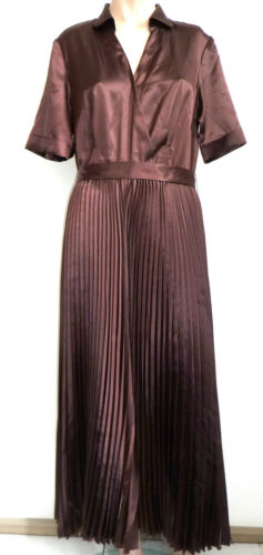 Madeleine avec longue plissᄄᆭe robe marron Robe Gr42 longue plissᄄᆭe Nuova LVpGUjzMqS