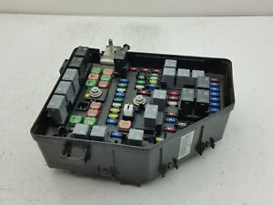 2010 2011 chevrolet traverse fuse box block relay panel used oem 2010 equinox image is loading 2010 2011 chevrolet traverse fuse box block relay