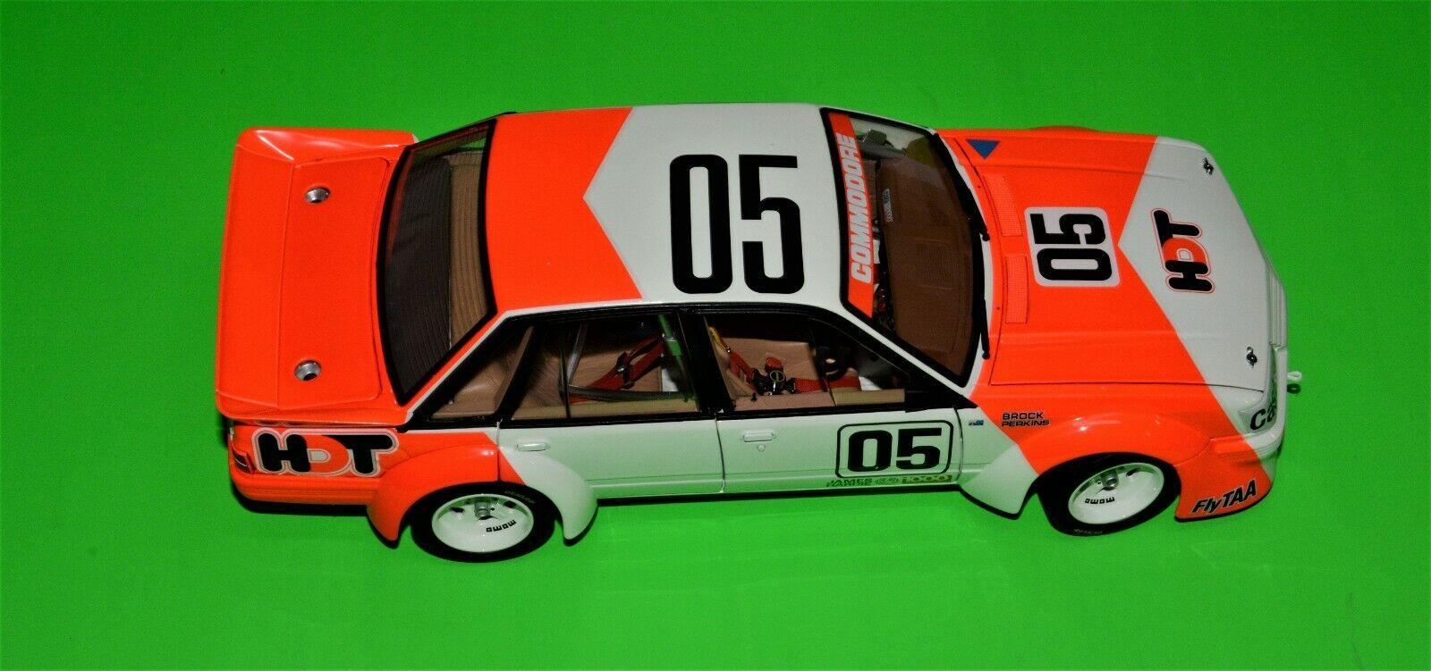 BROCK-PERKINS Holden VK Commodore 1984 BATTHURST Vinnare 1 18 113 av 15500