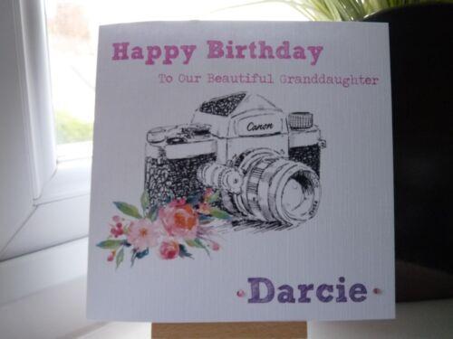 Handmade personalsed Femmes Filles photographie appareil photo carte d/'anniversaire petite fille
