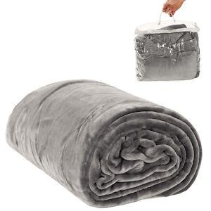 Couverture-de-jour-polaire-douillette-Plaid-220-x-240-cm-gris-avec-sacoche