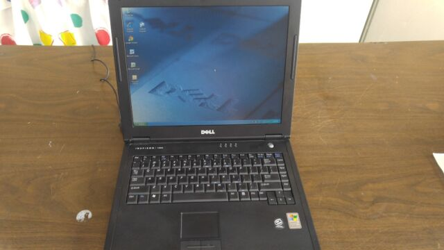 Vintage Laptop Dell Inspiron 1000 Win XP Outlook Express Wordperfect Office Grea