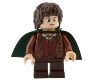 Lego-Frodo-Beutlin-9472-dark-green-Cape-Herr-der-Ringe-Minifigur