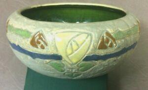 Roseville-Pottery-Mostique-Yellow-Rose-Gray-Ceramic-Bowl-73-5