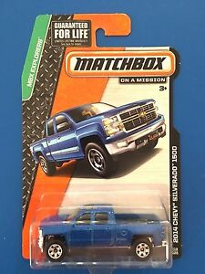 2014-Matchbox-BLUE-2014-V8-CHEVROLET-SILVERADO-1500-pickup-mint-on-long-card