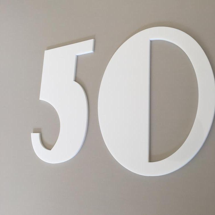 Weiß Gloss, Flat Finish, House Numbers - Art Deco Font (Listing is for 1 No)