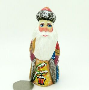 FIGURE-Santa-Father-Christmas-Red-coat-Miniature-Russian-SMALL-HAND-PAINTED-Gift