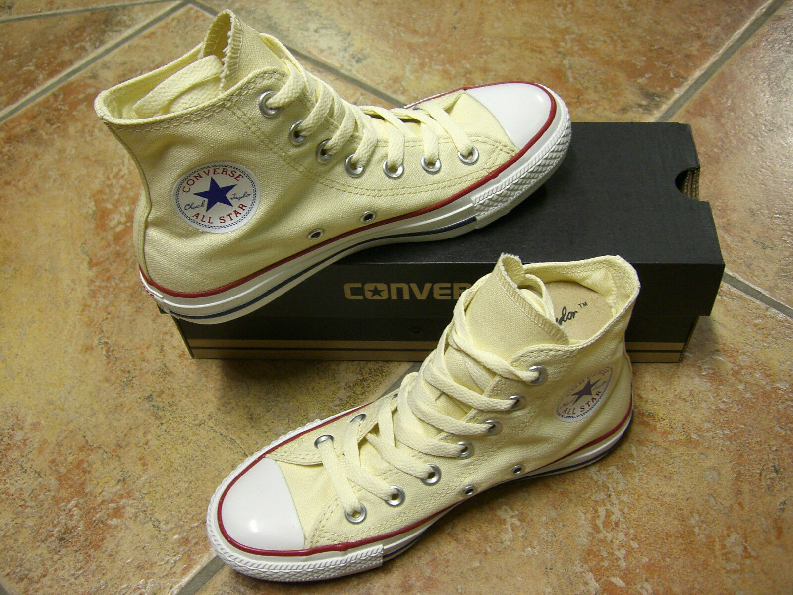 Converse Chucks All Star HI Gr.43 WHITE WEISS  M 9162 NEU TRENDY TOP