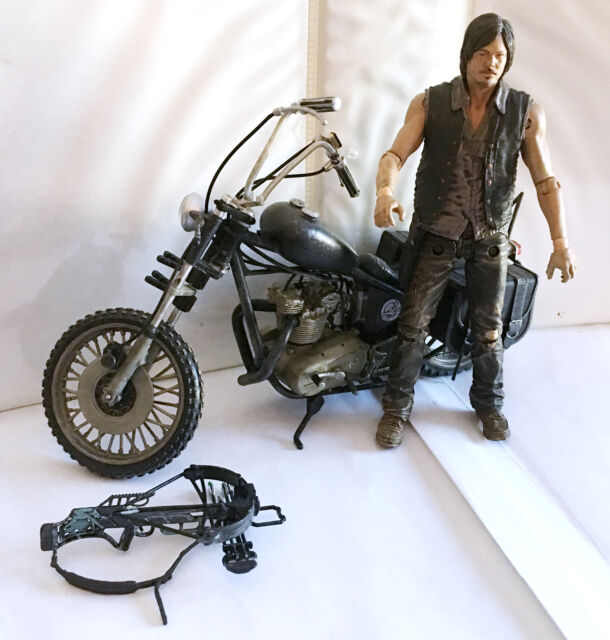 DARYL DIXON w/CHOPPER • C9 • 100% COMPLETE • THE WALKING DEAD TV SERIES