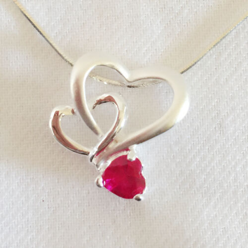 New 925 Sterling Silver Ruby Red Triple Heart Love Charm Pendant Necklace PD1153