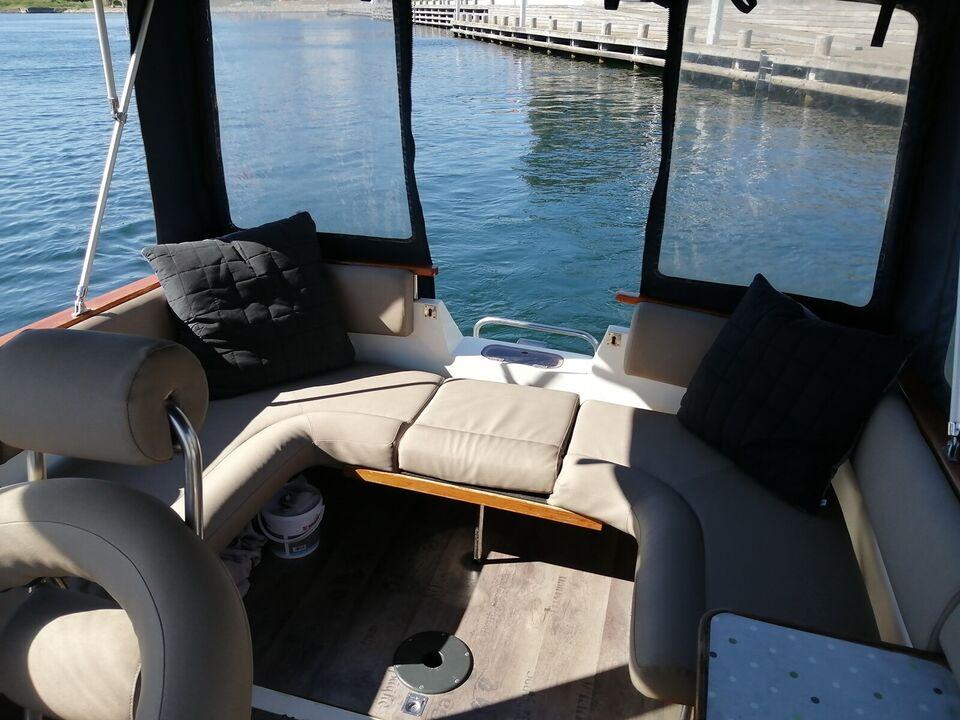 Gennemrenoveret norsk kvalitets motorbåd