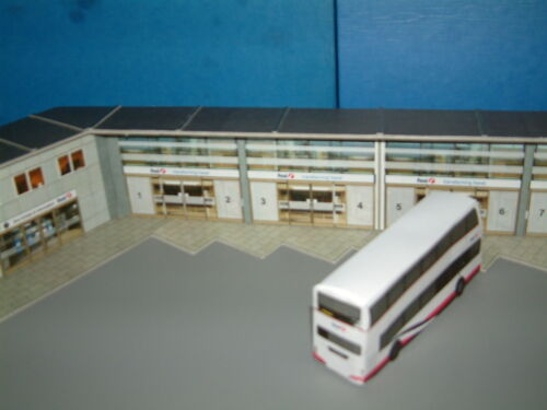 1//76 Scale Bus Station Card Kit,Self Assembly with Paving For Any Bus Company