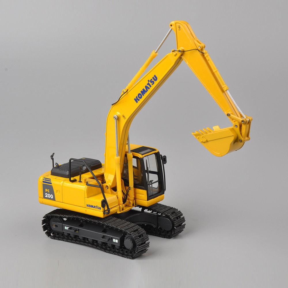 KOMATSU 1 50 Yellow PC200 Type Engineering Excavator Diecast Model Alloy Toy