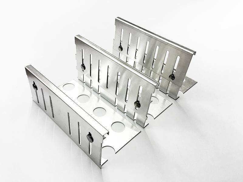 Aluminium Kiesfangleisten höhenverstellbar 80-120mm  Kiesleiste Balkon Flachdach