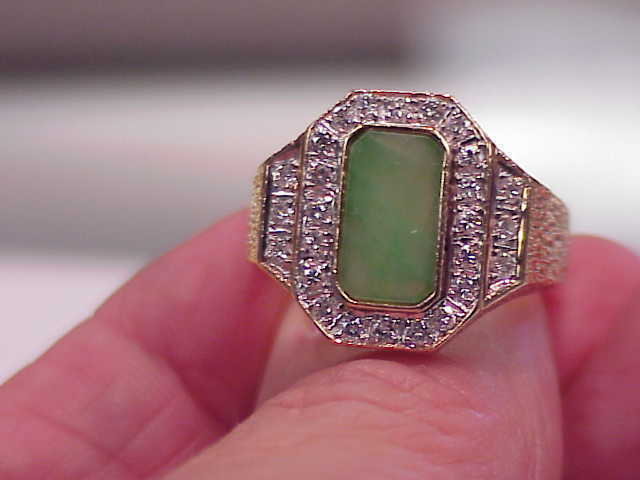 VINTAGE 14K SOLID gold .55 CT SI1 G DIAMOND & JADE RING SZ 9