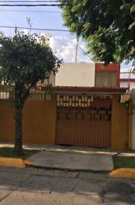 Casa en Venta en Los Piurles, Tlalnepantla, México
