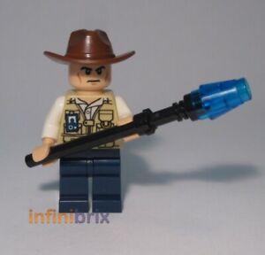jw009 New lego vet-hat fedora scowling from set 75918 jurassic world