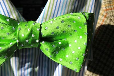 Gentleman's Bright Green Polka-Dotted Adjustable Self-Tie Woven All Silk Bow Tie
