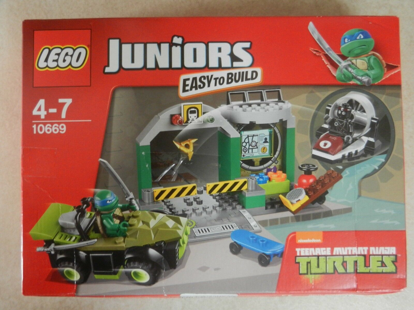 BNIB Lego 10669 Juniors Turtles Lair TMNT Teenage Mutant Ninja Turtles