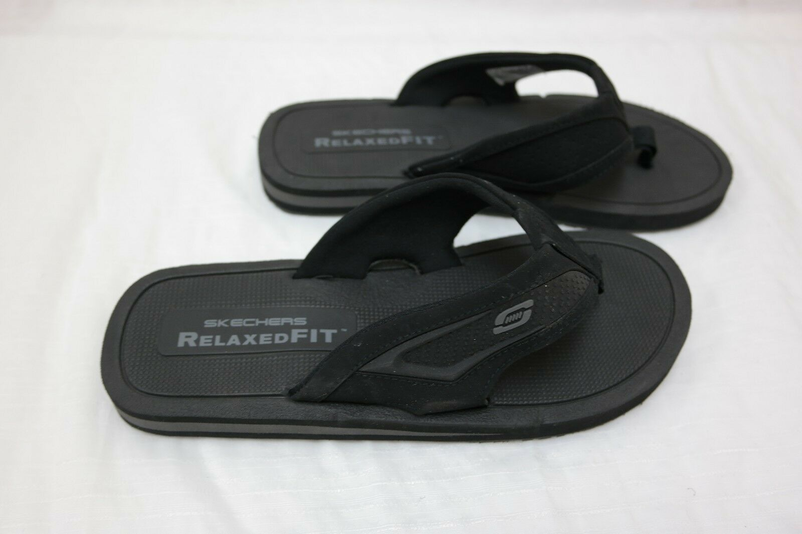 New! Men's Skechers Relaxed Fit Clidro Flip Flop Sandal Black  I2 Comfortable and good-looking