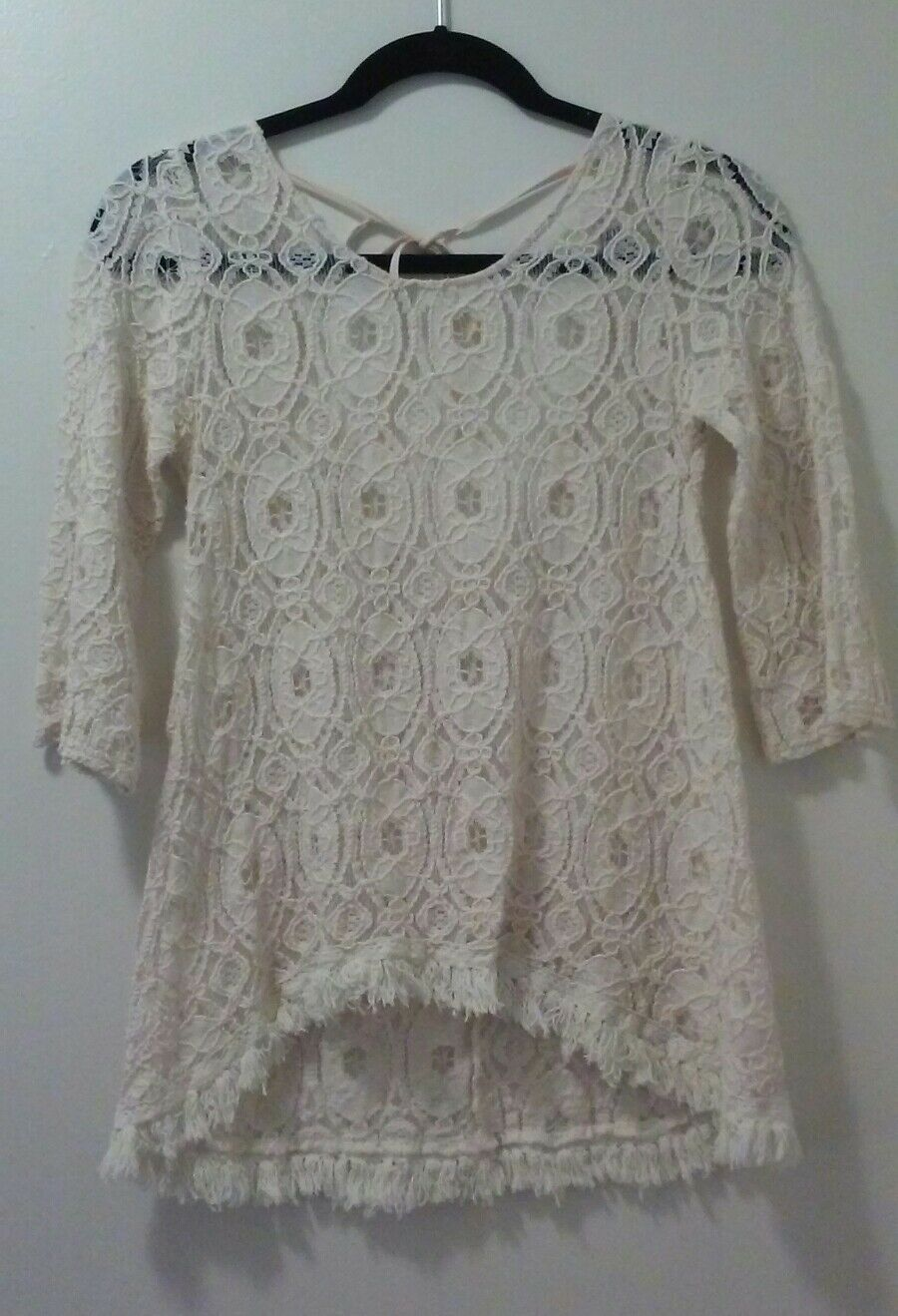 Ya Los Angeles Ivory lace 3 4 sleeve lace top, S