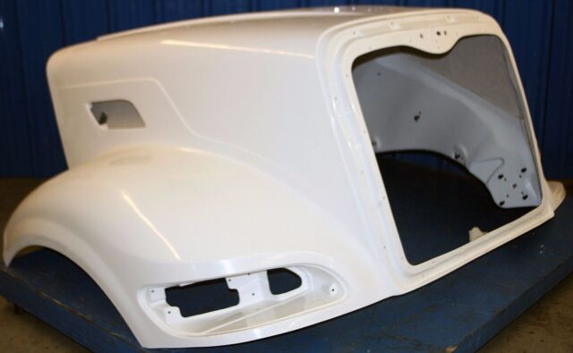 Peterbilt 386 Hood by Titan Aftermarket - L296039