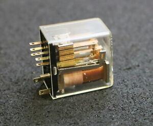 SIEMENS-Kammrelais-Kleinschalt-Relais-V23054-D3026-F104-gebraucht-war-eingebaut