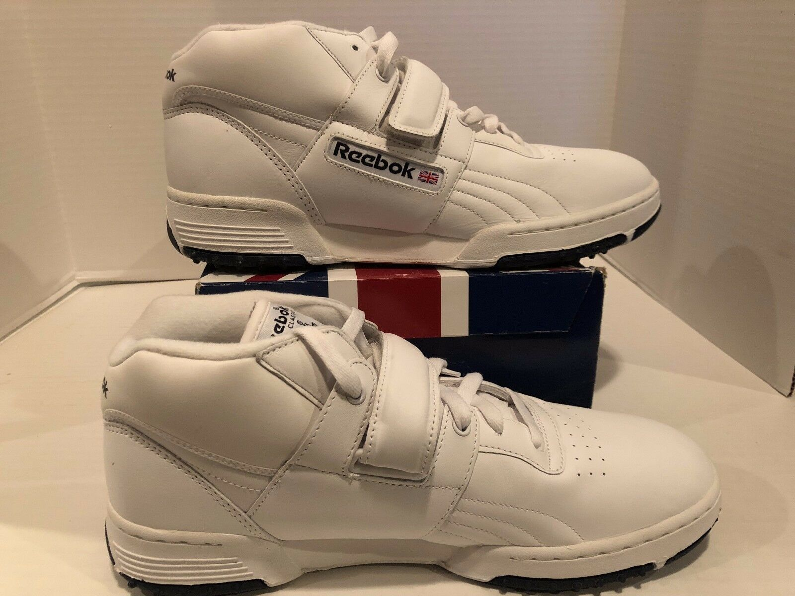 Men's New Reebok Classic W O Mid Strap Turf White Leather shoes