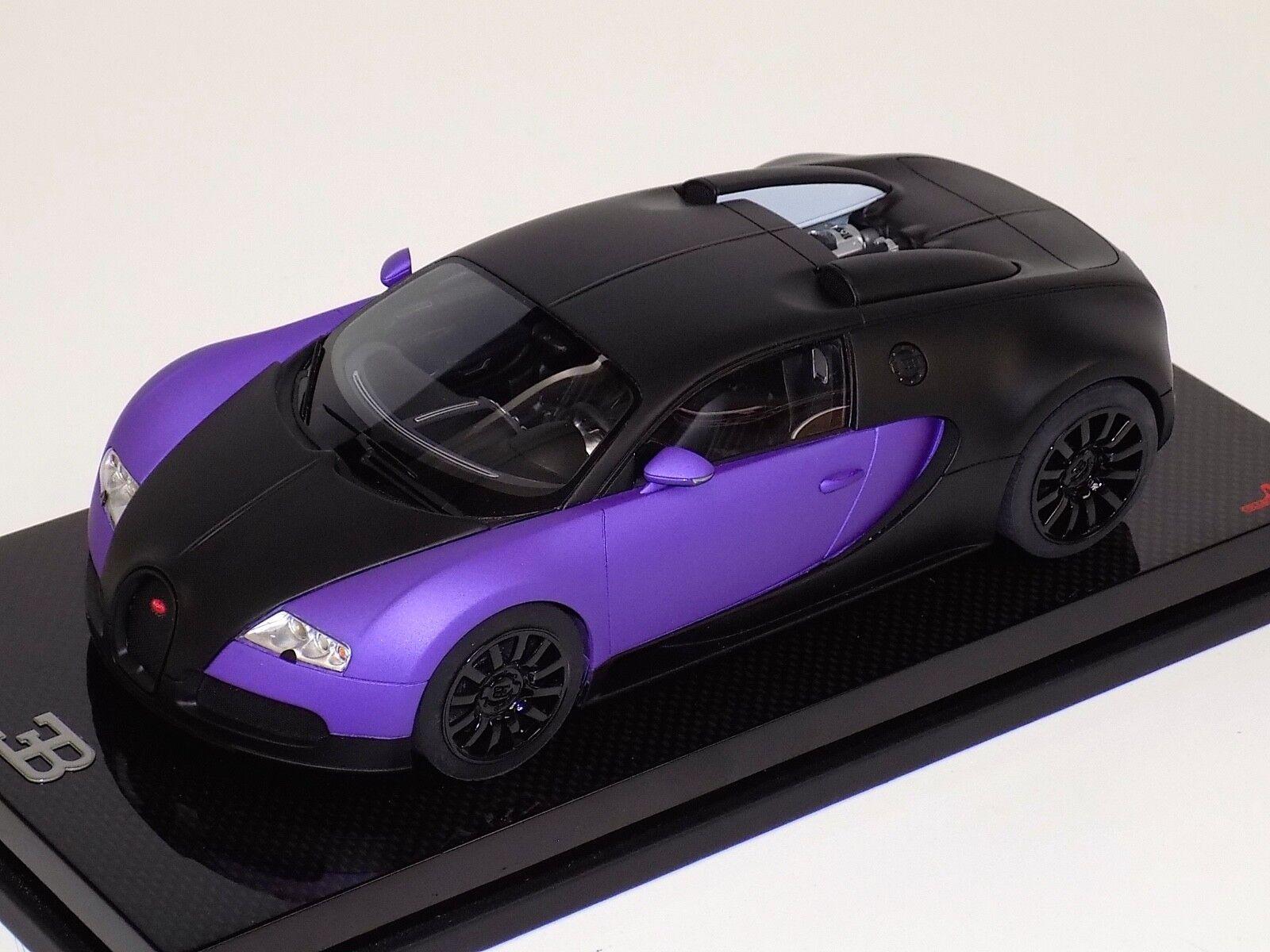 1 18 MR COLLECTION BUGATTI VEYRON 16.4 noir et violet sur fibre de carbone base