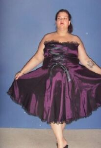 Victorian-corset-ribbon-dress-Plus-Sizes-16-to-28
