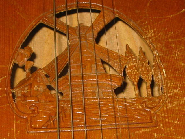 Nice old Lute, mandolin or guitar?Nice soundhole with a windmill