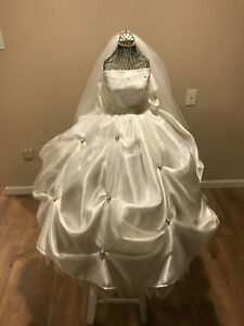 Wedding-Card-Money-Gift-Box-Bride-shape-unique
