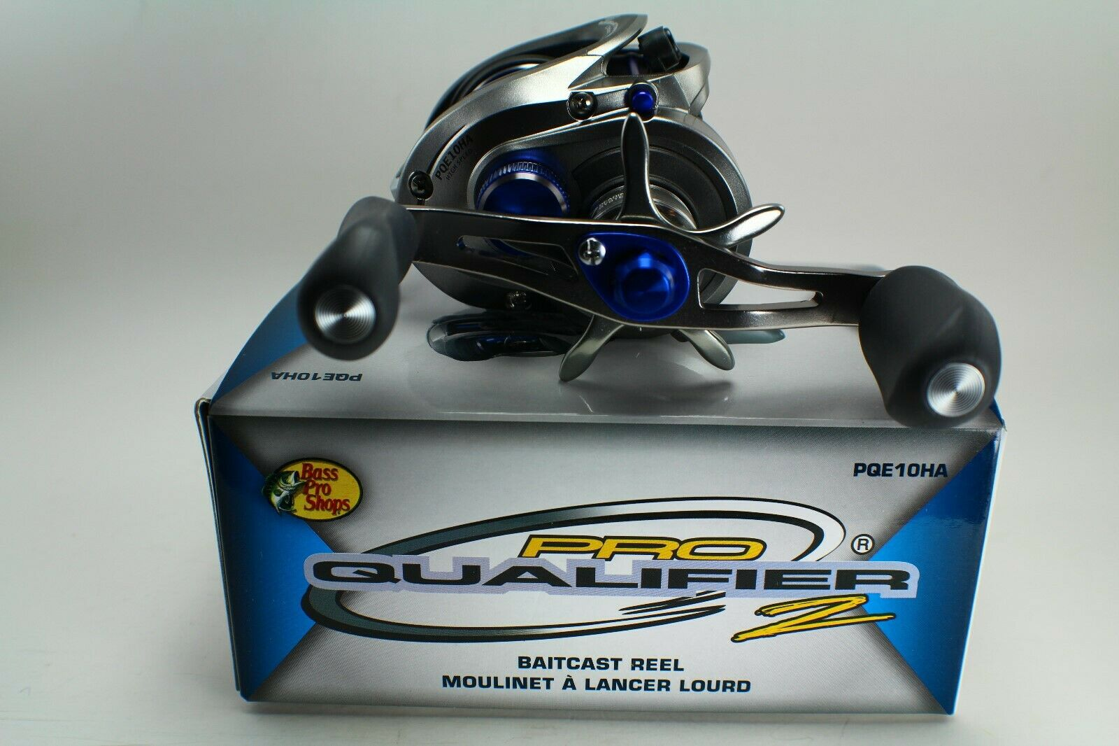 Bass Pro Shops Pro Qualifier II Limited-Edition Baitcast Reel - ONE TIME COLOR