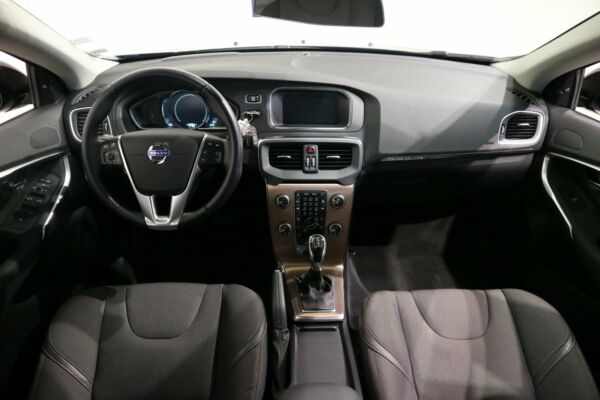 Volvo V40 CC 2,0 D2 120 Momentum aut. - billede 4
