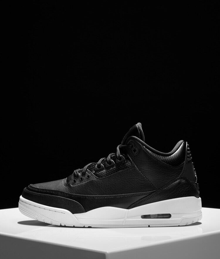 100% Authentic Air Jordan Cyber Monday 3s Size 10.5 Brand New w  Receipt