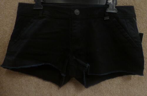 "Fox Women/'s Shorts /""Generation 2/"" Color Black"