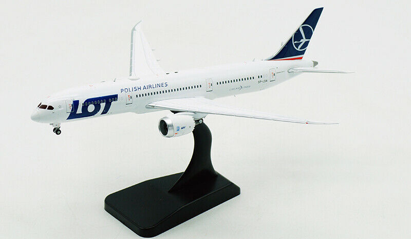 1 400 JC WINGS POLISH AIRLINES BOEING BOEING BOEING 787-9 Passenger Airplane Diecast Model a04a18