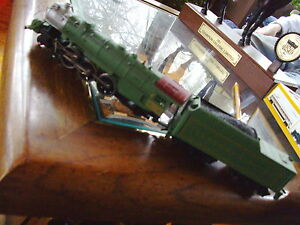 Model Train, Green #1396 Crescent limited engine and coal car