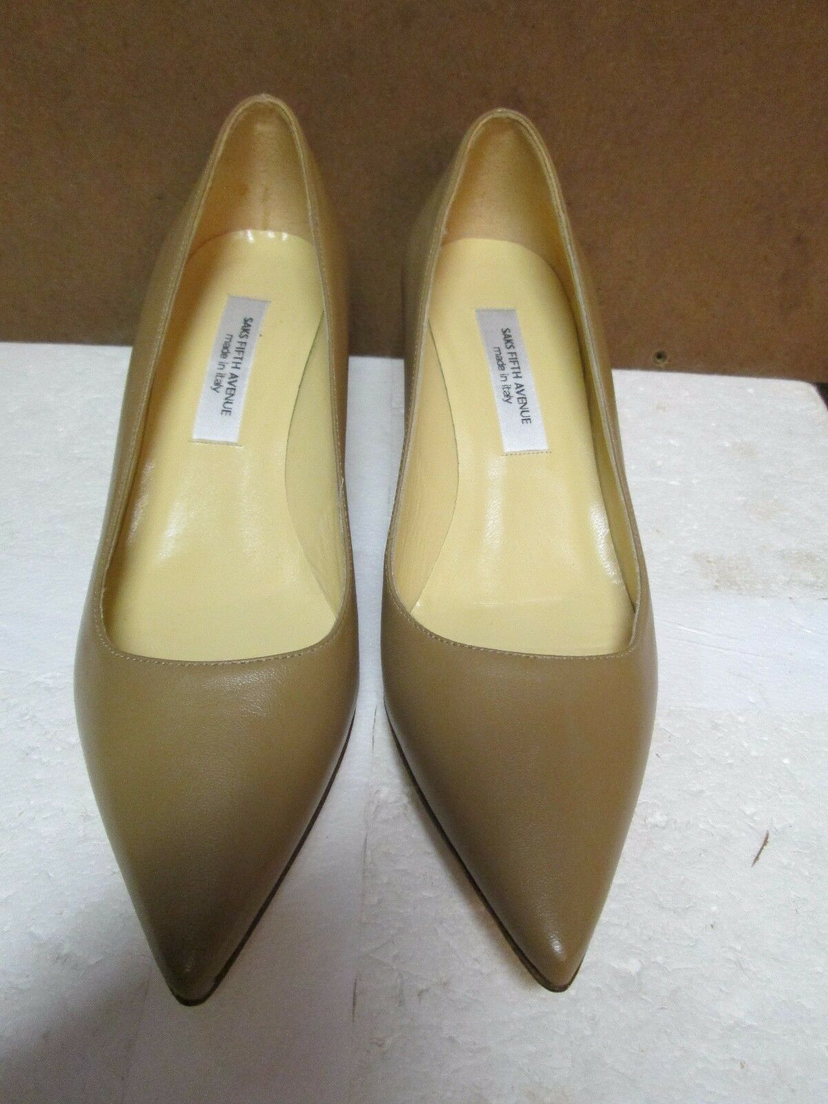 Saks Fifth Avenue Beige Leather Kitten Heel Pumps 7B