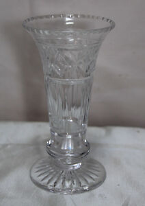 Unknown-Vintage-Small-Cut-Glass-Crystal-Vase-Art-Deco-Style-Designs